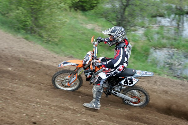 MX Mechanics Featured the New Line of Ogio Bags with a free draw for bags, hats and T-Shirts at Round Two of the Ontario Provincial Championships – Auburn Hillz